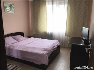Apartament renovat și mobilat cu 3 camere si 2 grupuri sanitare - imagine 5