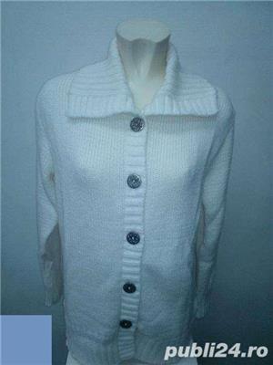 Pulovere si jachete tricotate - imagine 6