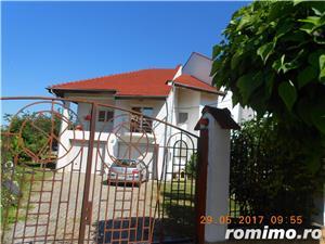 Mehala,Vila P+1E+M,s- 660 mp,t- 2500 mp,9 camere,5 bai,teren tenis,piscina,pret 399.000 euro  - imagine 4