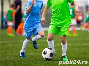 Vanzare Gazon Sintetic Plastic pentru Fotbal Napoli, 20% Reducere - imagine 2