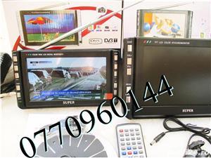 Televizor auto 12V  220V 18 cm Color, slot de card  si USB, priza 220V si 12V - imagine 4