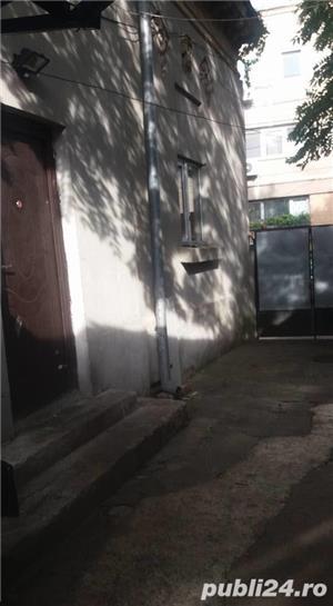 vanzare casa curte - imagine 5
