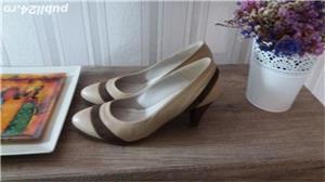 Pantofi bej cu maro din piele , 40-41 - imagine 2