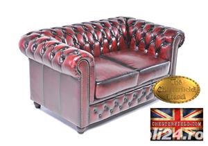 Canapea din piele naturală -Roșu Antique -2 locuri -Autentic Chesterfield Brand-IN STOC - imagine 2