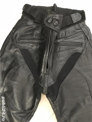 Vand pantaloni moto cu protectii - imagine 2