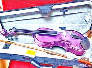 Set Vioara 4/4 culoare mov/lila fete arcus+toc transport+barbie+sacaz - imagine 5