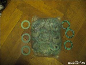 garnituri clingherit - imagine 1