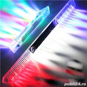 Proiector auto 12V 6 leduri  albastre suporti reglabili de prindere Pret 10 lei 2 buc 15 lei - imagine 4