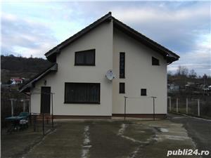 Vila noua Bacau(Podis, Com Margineni)  - imagine 5