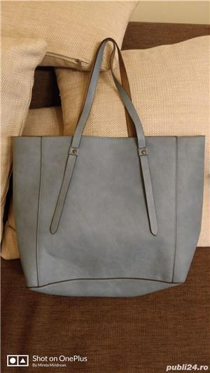 Vand geanta doua fete - imagine 2