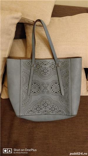 Vand geanta doua fete - imagine 1