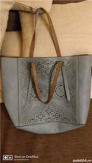 Vand geanta doua fete - imagine 3