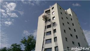 Inchiriem Lift exterior pentru urcat/coborat materiale pana la 25m. - imagine 3