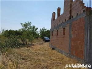 Teren si casa in constructie in localitatea Pischia - imagine 4