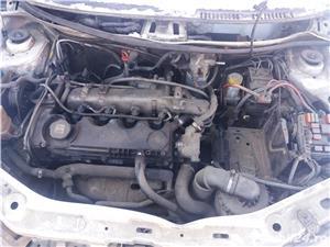 Dezmembrez Fiat  Punto cu motor 1.9 diesel - imagine 7