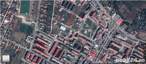 teren de vanzare intravilan 20 euro/mp negociabil ,front stradal 30 m - imagine 1