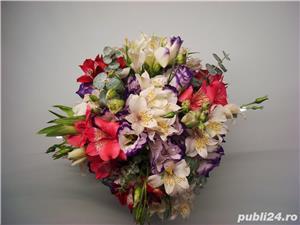 Aranjamente Florale Pentru Nunti Botezuri Zile De Nastere Sedinte