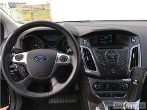 Ford Focus   Break   1.6D   Xenon   Jante aliaj   Carlig remorcare   Scaune incalzite   Clima   2014 - imagine 9