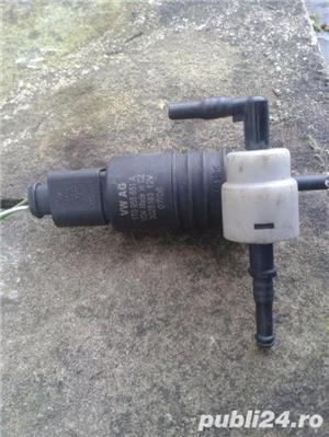 Pompa vas spalator parbriz golf 4,5, bora, passat B6 skoda - imagine 1