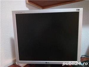 Vand urgent Monitor LCD LG 19'' L1919S  - imagine 1