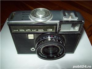 Vand aparat de fotografiat, vechi, rusesc, in stare de functionare, cu film de tip vechi - imagine 2