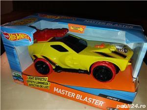 Hot Wheels Master Blaster: masinuta Sting Rod II - imagine 3