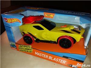 Hot Wheels Master Blaster: masinuta Sting Rod II - imagine 1
