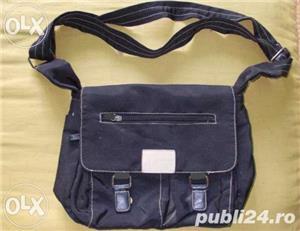 Geanta f frumoasa de la ARMANI Jeans, piele+material impermeabil, marime medie, culoare neagra - imagine 1