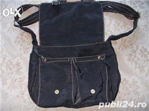 Geanta f frumoasa de la ARMANI Jeans, piele+material impermeabil, marime medie, culoare neagra - imagine 3