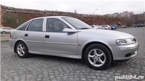 Rent a car low-cost Oradea/ Închirieri auto la prețuri între 6-25 Euro - imagine 4