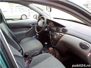 Ford Focus - imagine 3
