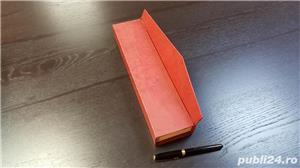 Cutie rigida cu inchidere magnetica - imagine 4