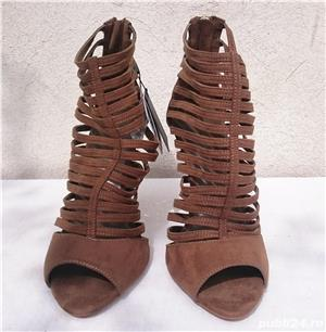 Pantofi dama de vara sandale toc elegante piele intoarsa Zara  - imagine 1