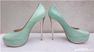 Pantofi dama eleganti din piele lacuita cu toc si platforma Pier Lucci - imagine 3