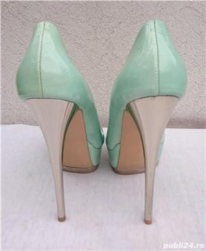 Pantofi dama eleganti din piele lacuita cu toc si platforma Pier Lucci - imagine 4