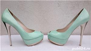Pantofi dama eleganti din piele lacuita cu toc si platforma Pier Lucci - imagine 2