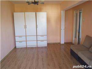 Vand apartament 3 camere decomandata bloc milionaru - imagine 3