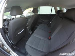 Volkswagen Golf 6 - 2.0 TDI - imagine 6