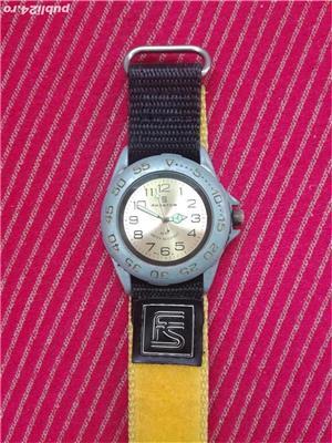 Ceas de mana,cu baterie - imagine 1