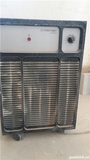 Inchiriem dezumidificator si vibrator beton - imagine 1
