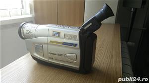 Camera video JVC, cu caseta - imagine 1