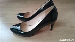 Pantofi Michael Kors negri din piele lacuita, marimea 9,5 US (40,5) - imagine 6
