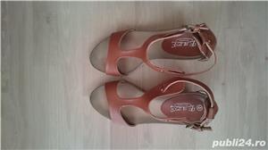 Sandale maro din imitatie de piele, cu talpa ortopedica, marimea 41 - imagine 5