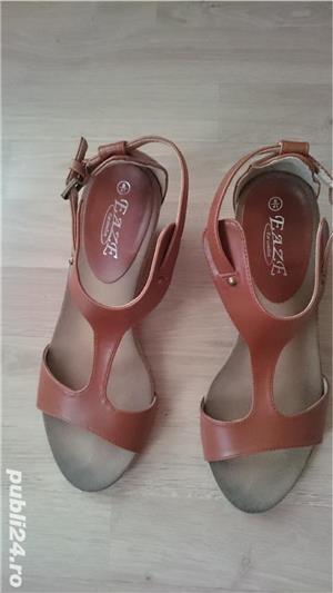 Sandale maro din imitatie de piele, cu talpa ortopedica, marimea 41 - imagine 2