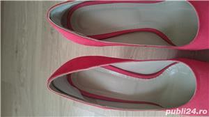 Pantofi cu toc corai din piele intoarsa, marimea 40 - 40,5 - imagine 4