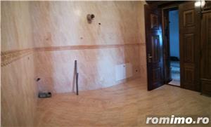 Prințul Turcesc,casa+2 apartamente+grădină+2 garaje,1400 mp teren - imagine 7