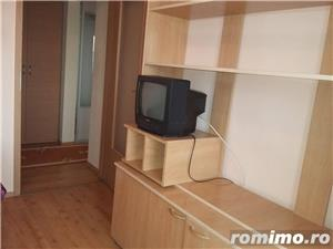 Medicina/Apartament 3 camere/400 euro  - imagine 8