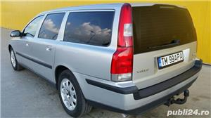 Volvo V70 (automatic).  - imagine 3