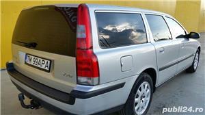 Volvo V70 (automatic).  - imagine 4
