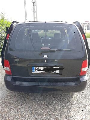 Kia Carnival - imagine 1